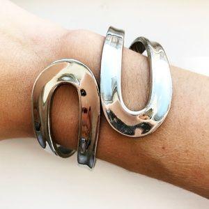 Vintage silver swirled loop cuff bracelet